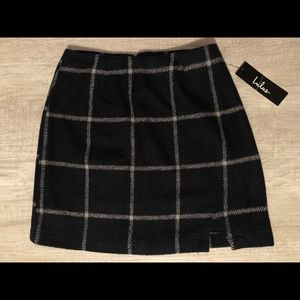 Lulu's navy blue plaid mini skirt
